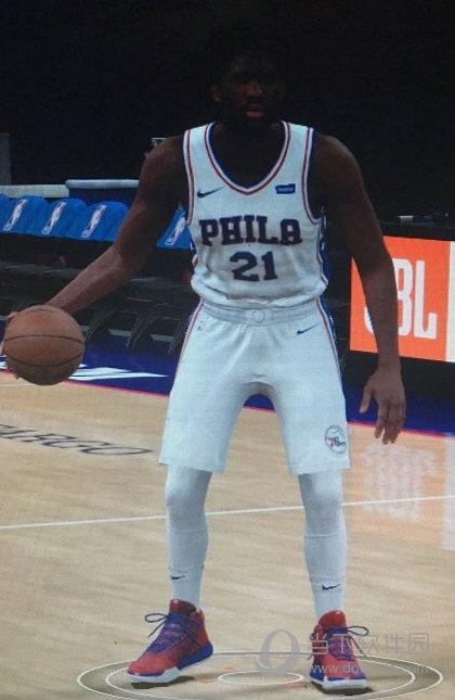NBA 2K18恩比德身形MOD