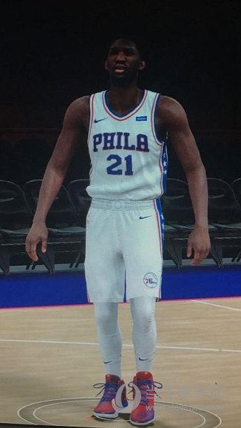 NBA 2K18恩比德身形MOD截图