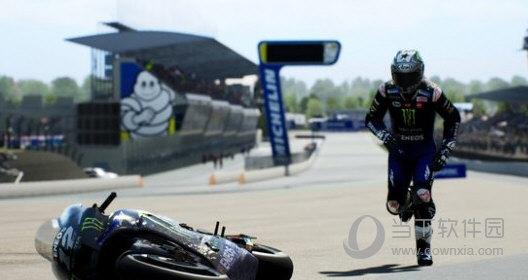 世界摩托大奖赛21修改器